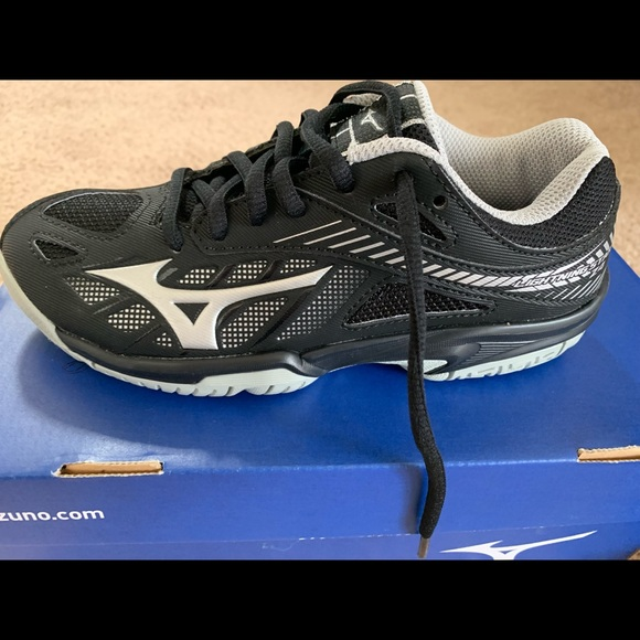 50% price biggest discount factory outlets Mizuno Shoes | Youth Volleyball | Poshmark